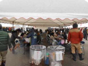 志賀町第7回大漁起舟祭休憩テントの様子