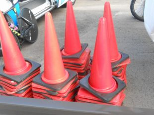 自転車大会カラーコーン